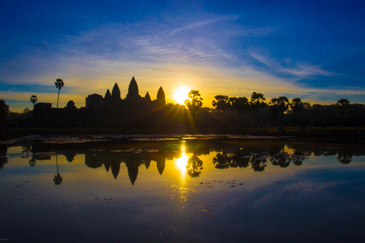 angkor-wat-sunrise01