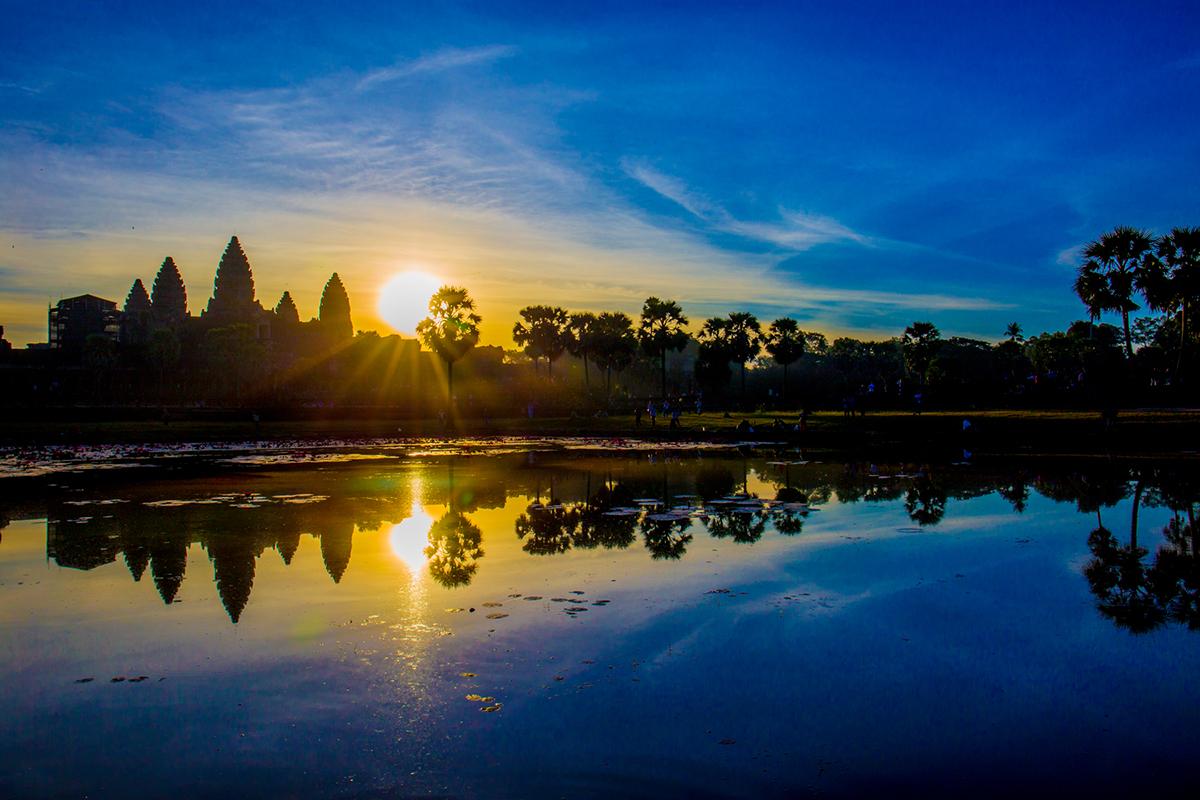 angkor-wat-sunrise04
